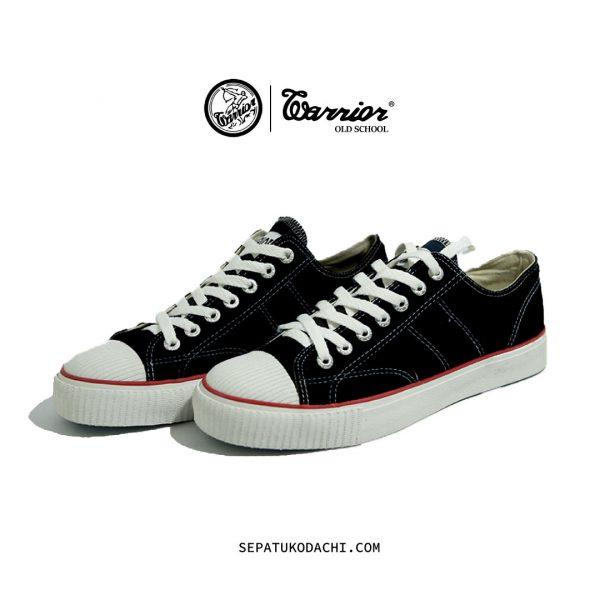 sepatu-warrior-classic-Low-hitam-putih-