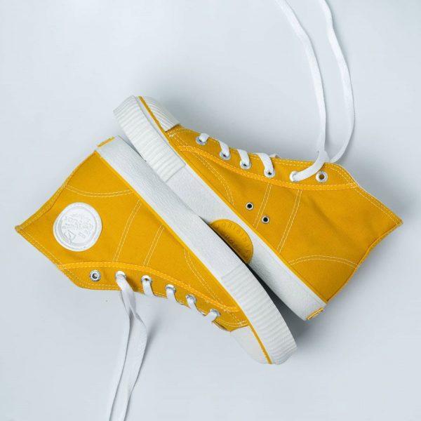 sepatu warrior classic sun flower kuning yellow