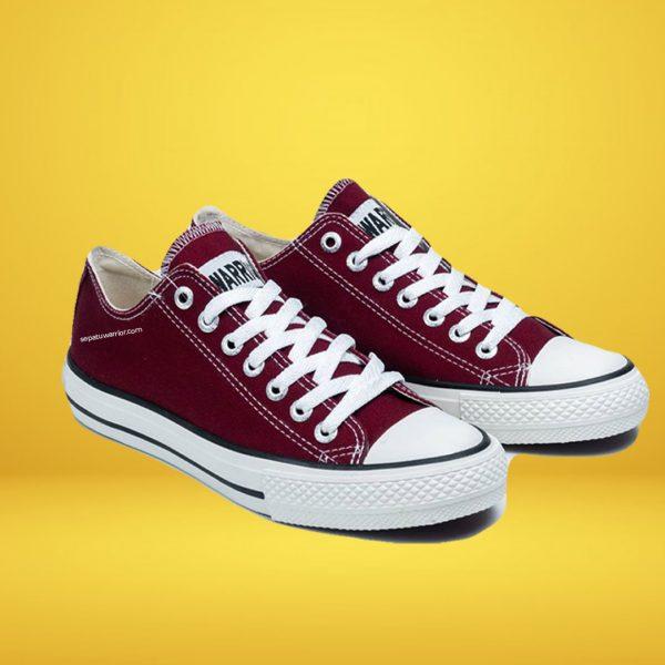 sepatu-warrior-sparta-low-maroon-yk-raya