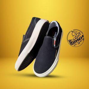 sepatu-warrior-slipon-arthur-hitam-putih--ykraya