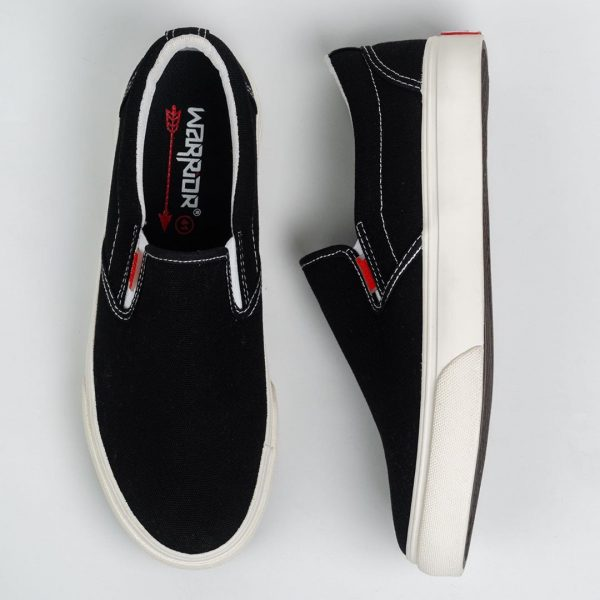 warrior-slip-on-arthur-black-white-1